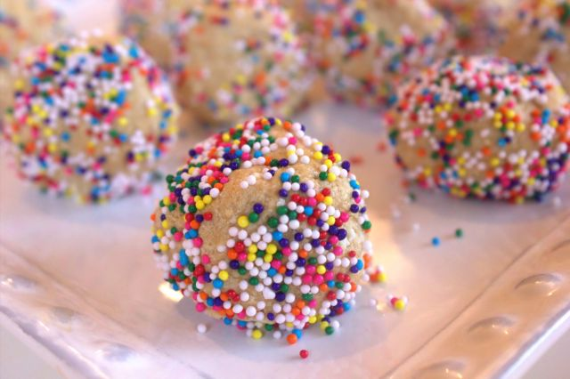 No Bake Peanut Butter Balls - Plowing Forward